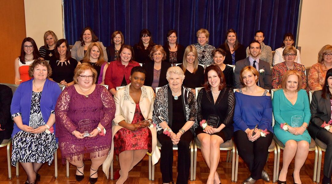 Students, Faculty Honor Northeastern Ohio Medical Professionals with Barbara Donaho Award